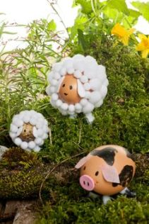 easter egg sheep and pig